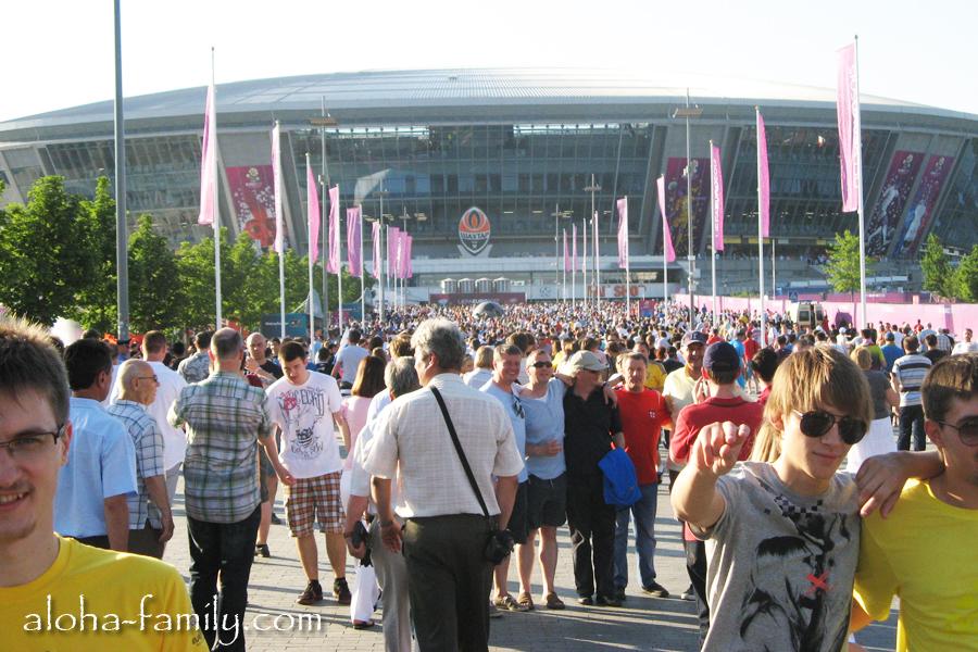 Донбасс Арена готовится принимать свой первый матч Евро 2012