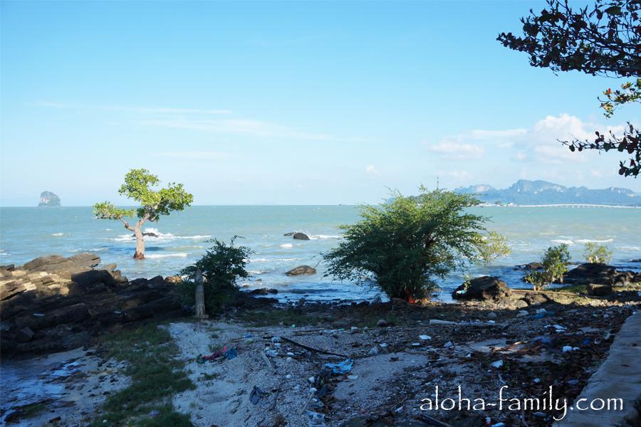 Берег моря в Донсаке, Таиланд - как вам такой пляжик? :)