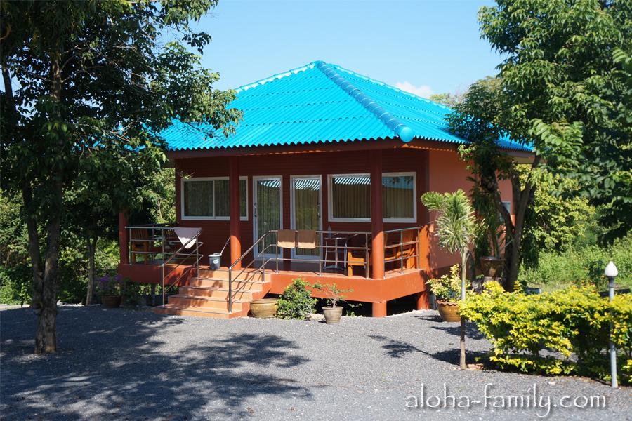 Lam Tong Resort - есть еще вот такой большой дом. Стоимость аренды не узнавали.