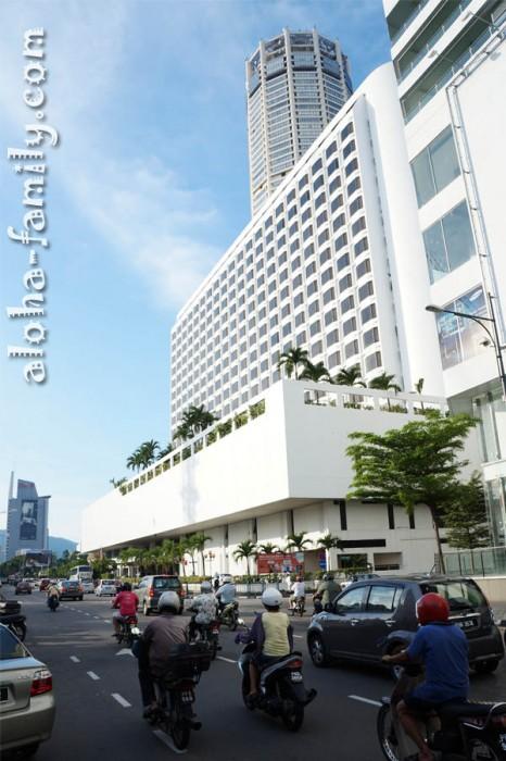 KOMTAR - самое высокое здание в Джорджтауне и шестое по высоте в Малайзии - 231.7 метров