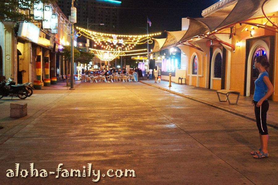 Ночная прогулка по Пинангу 11 января 2013 года