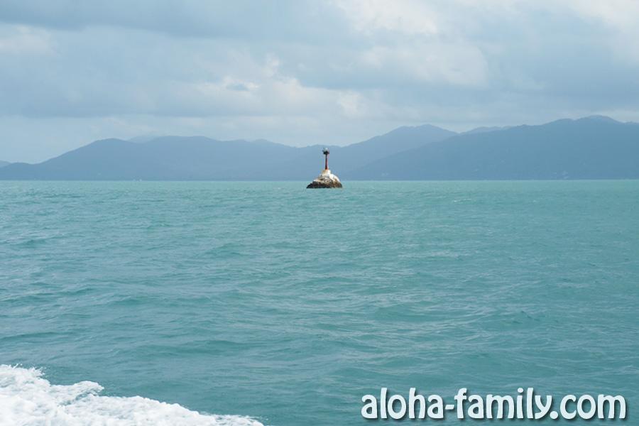 На пол-пути к Пангану - цвет моря и погода постоянно меняются