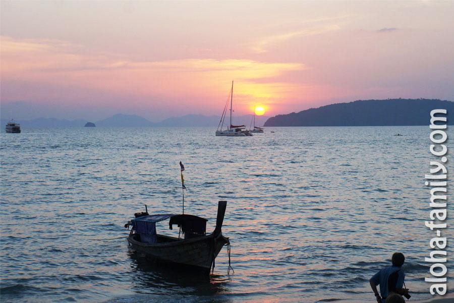 Наш первый закат в Ао Нанге