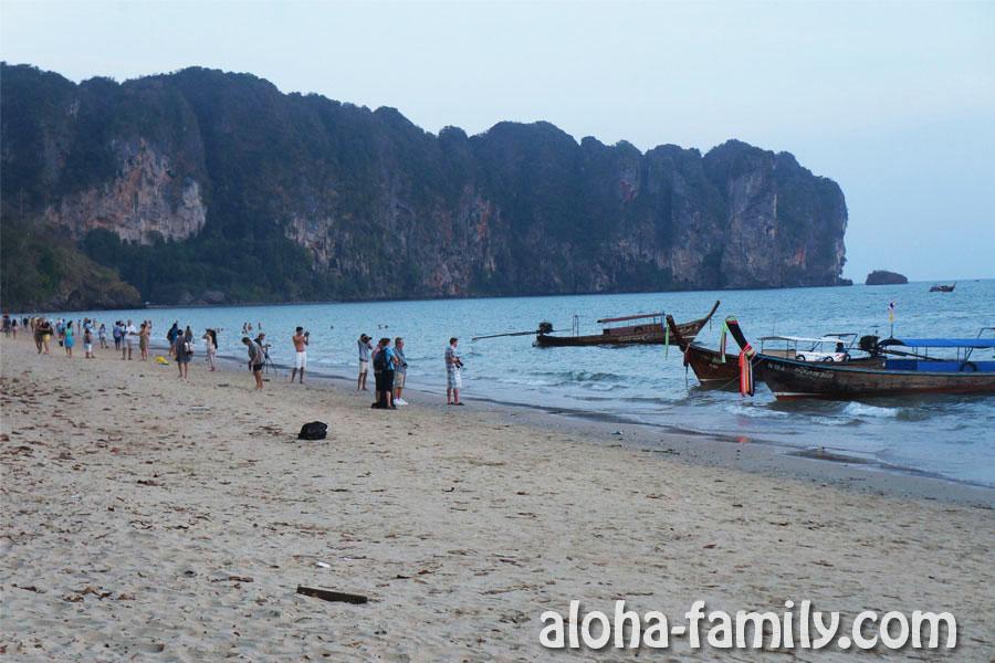 Пляж Ао Нанга во время заката