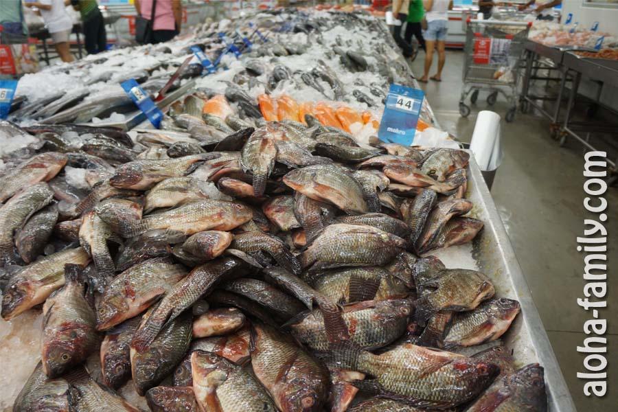 Рыбка в супермаркете на Самуи