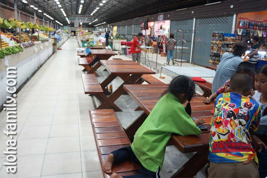 Тайский рынок недалеко от Big C на Самуи