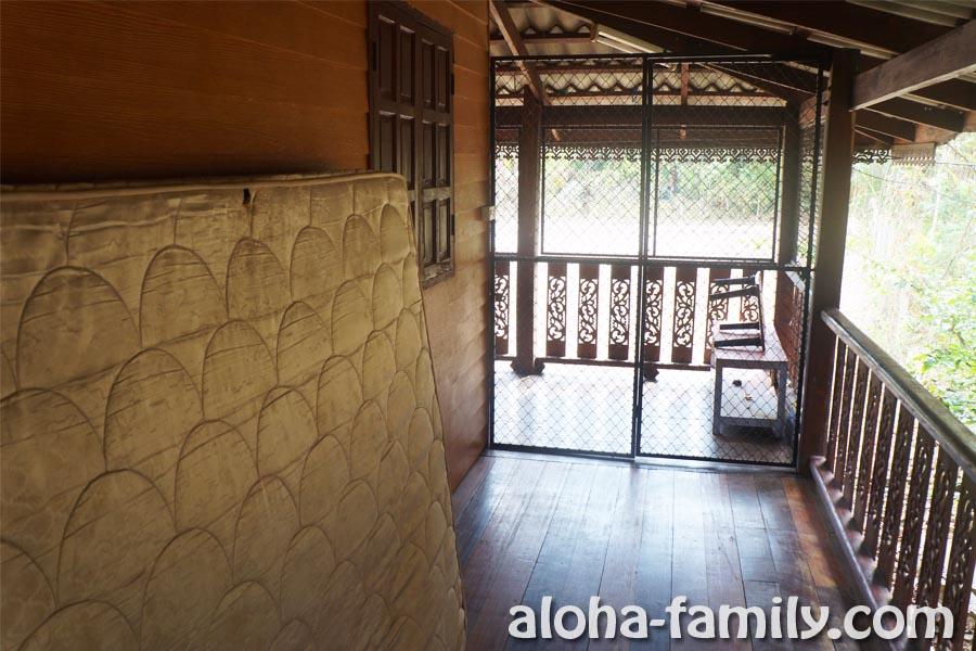 Деревянный дом возле леса - Ао Нанг, Краби