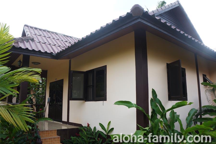 Домик в тихом месте недалеко от трассы Ао Нанг - Краби Таун