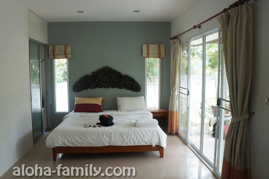 Единственная комната - наш дом в Аонанге