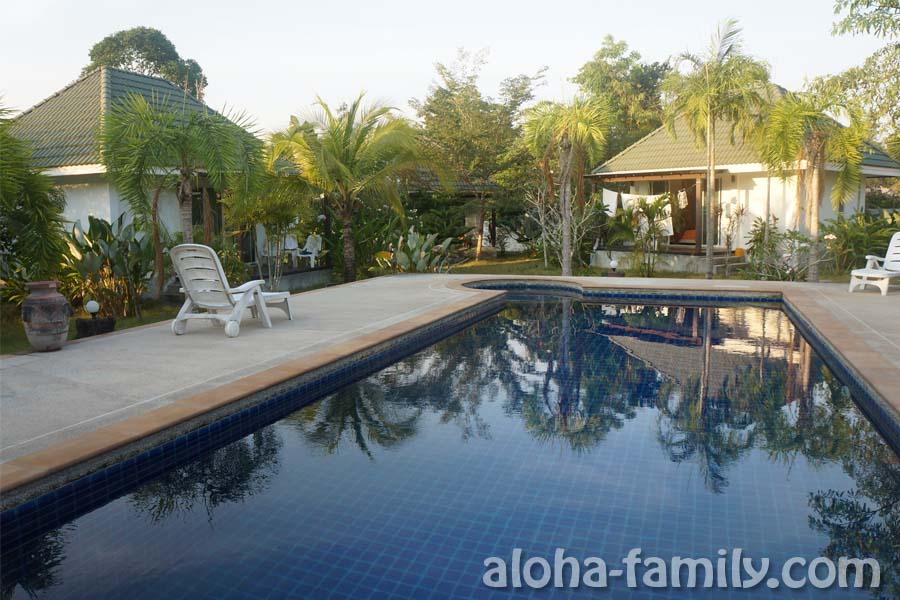 Наш дом с бассейном в Ао Нанге, Краби