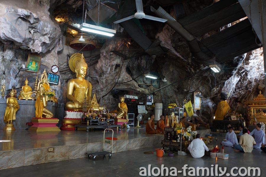 Красота внутри храма Tiger Cave