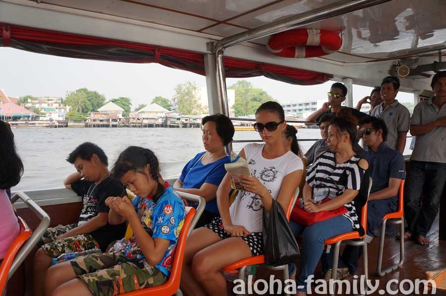 Лодка-экспресс в Бангкоке