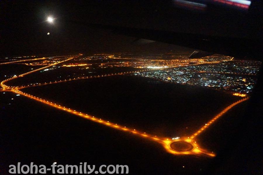 Подлетаем к аэропорту Дубаи