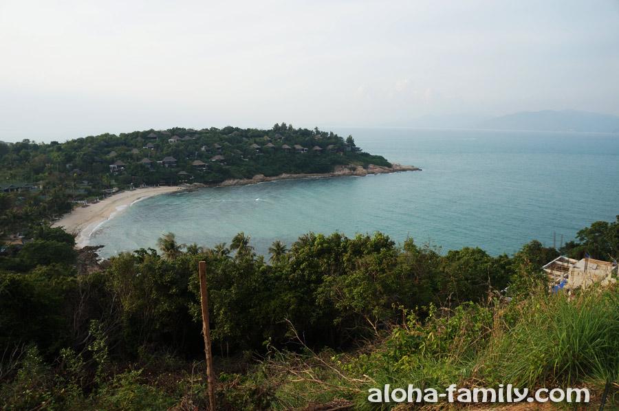 Вид на Самронг Бэй и самую северную точку Самуи
