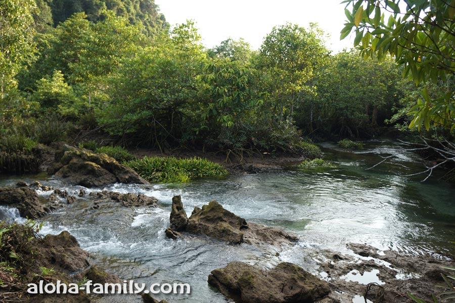 Даже у маленьких рек могут быть красивые пороги