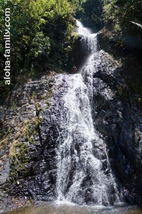 Первый водопад Huay Tho - общий ракурс