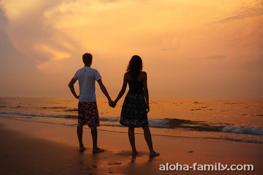 Закат в Хуа Хине на городском пляже (на редкость красивый)