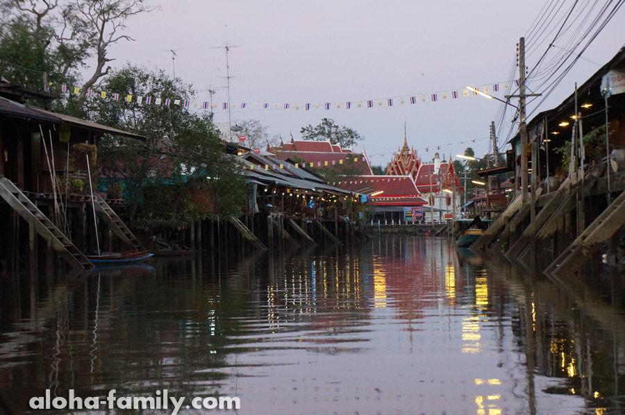 Традиционные тайские домики и храмы