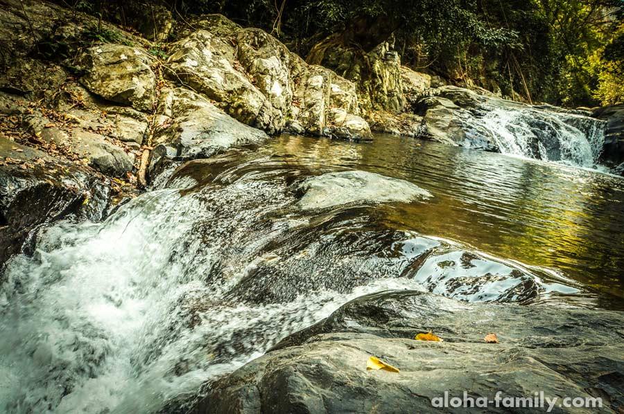 2-ой и 3-ий уровни водопада Пала-У возле Хуа Хина