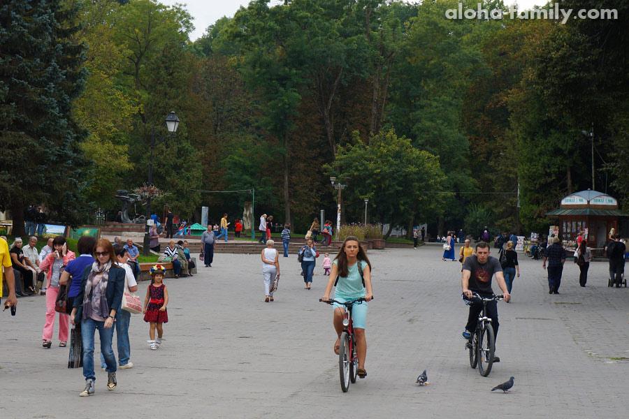 Центральный парк Адамивка, Трускавец