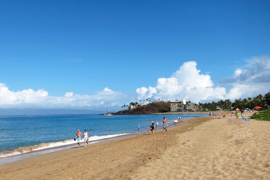 Прекрасный пляж Каанапали