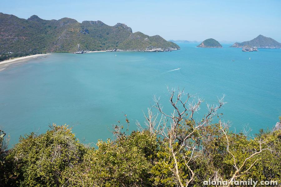 Пляж Bang Pu - вид с горы