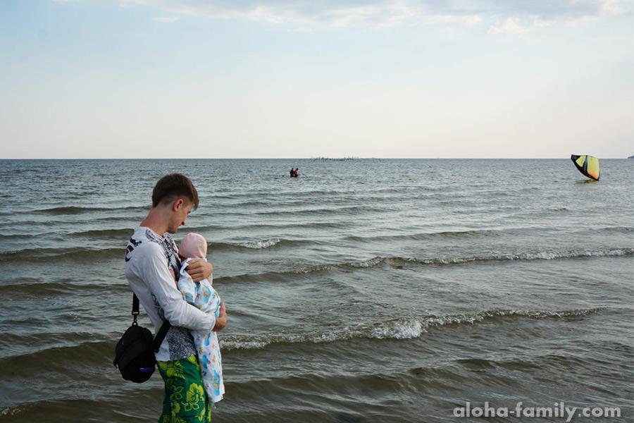 Рыбаковка, 26 июля 2014 - смотрим кайтсёрфинг, как в Хуа Хине))