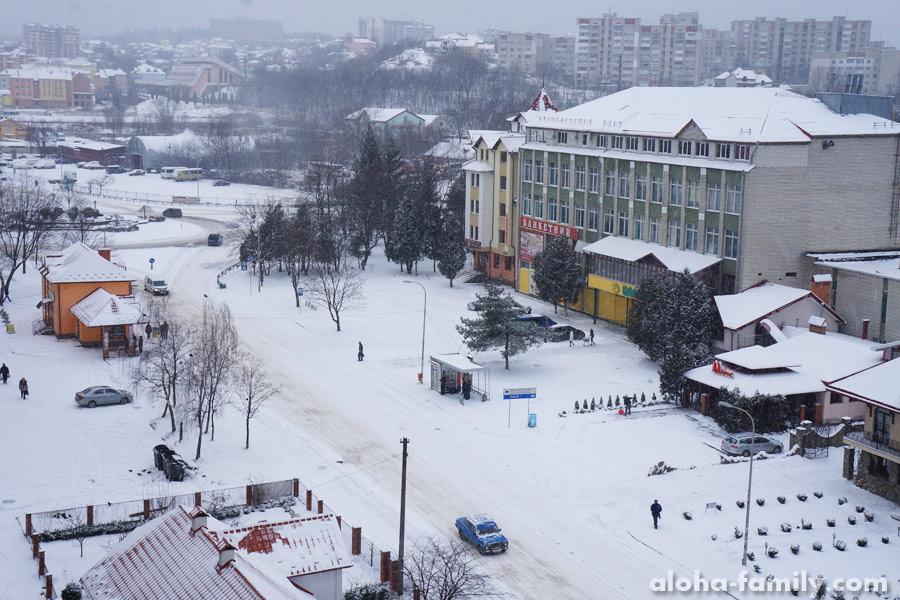 """Трускавец, 29 декабря 2014 - """"а из нашего окна"""" теперь вот какой вид"""