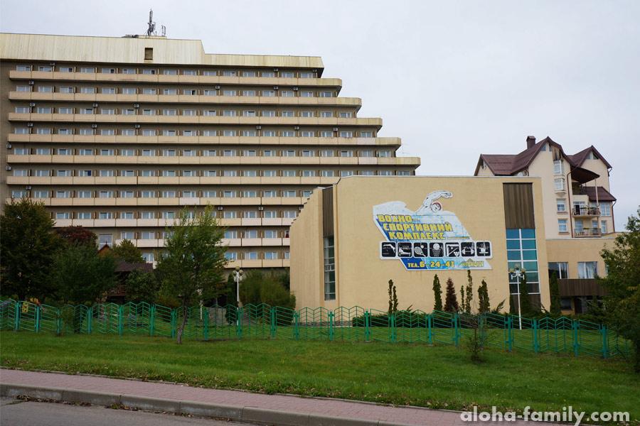 Гостиница Карпаты, где есть бесплатный мини-зоопарк