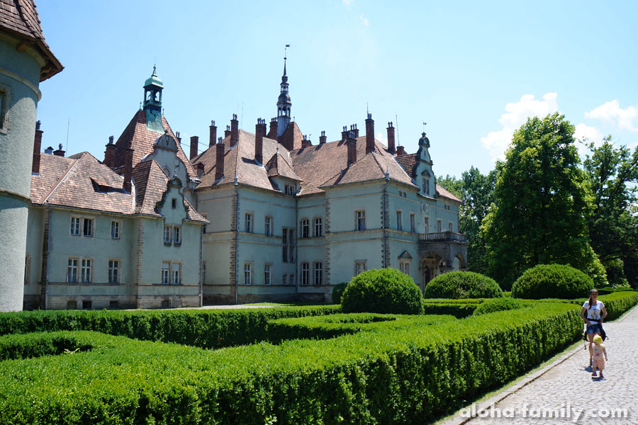 Дворец Шенборнов в Чинадиево, 7 км от Мукачево