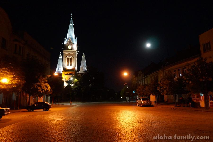 Мукачево, почти полночь