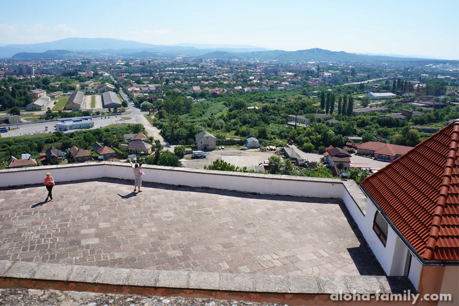 Смотровая площадка с видом на город Мукачево