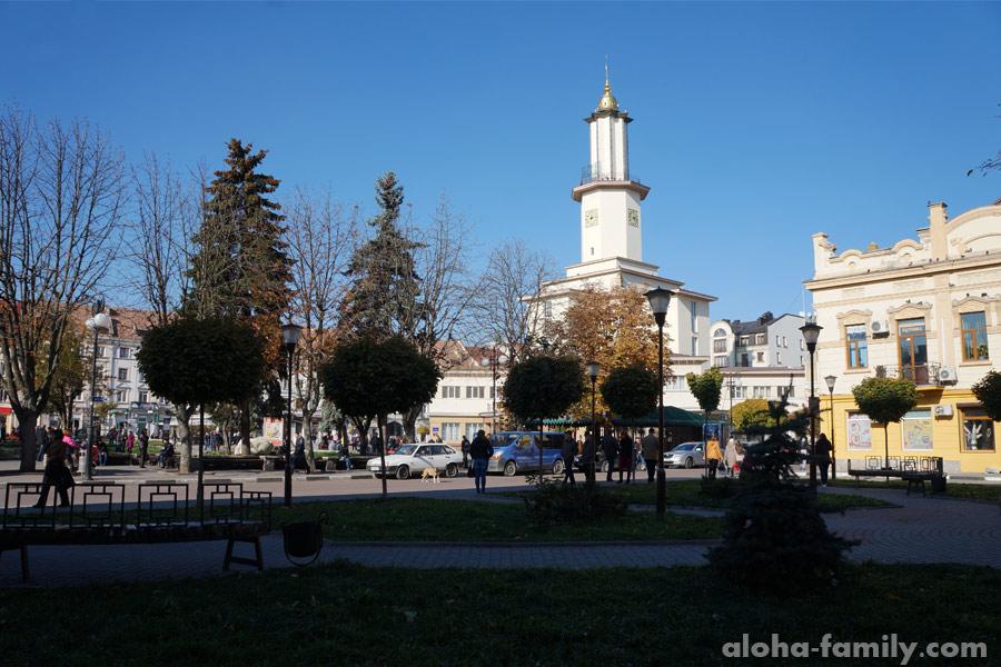 Ратуша в Ивано-Франковске