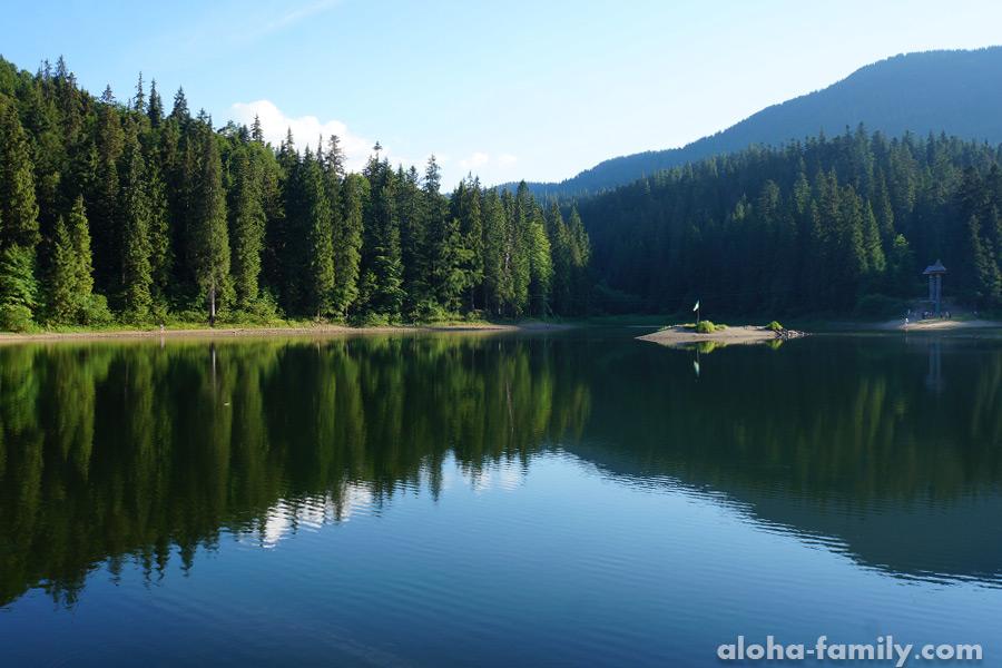 Озеро Синевир — одно из самых красивых озёр Украины