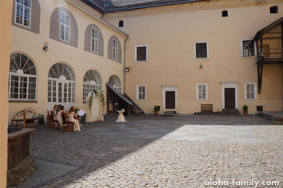 Дворик Ужгородского замка