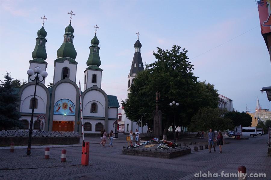 Собор Почаевской иконы Богоматери в Мукачево