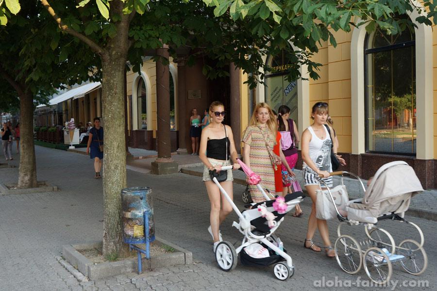 Мамочки Мукачева