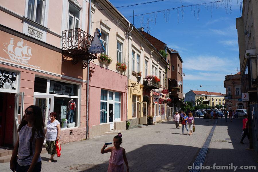 Улица Корзо, центр Ужгорода