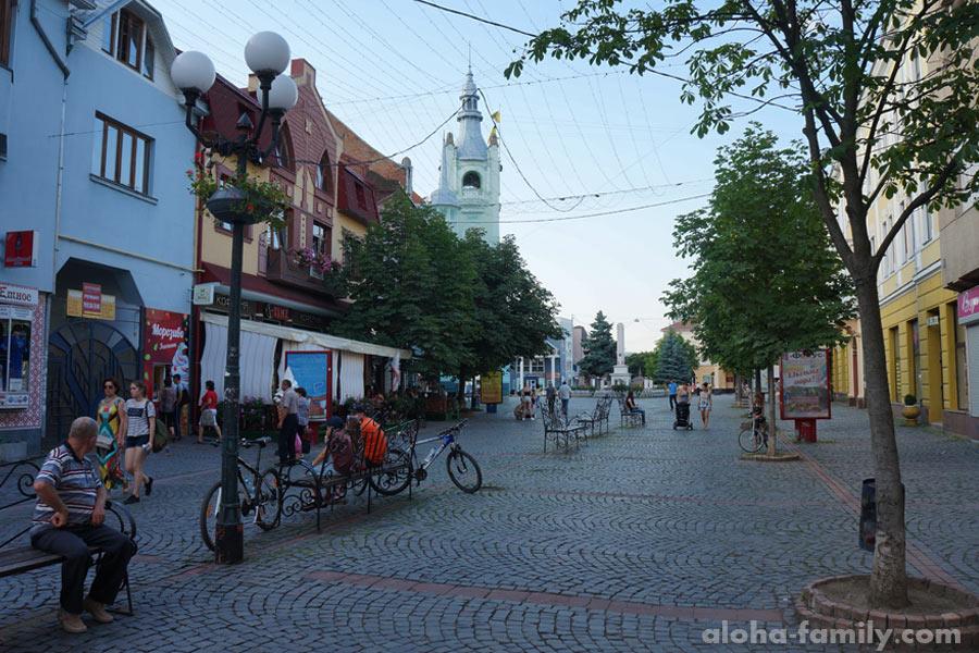 Улица Пушкина в Мукачево