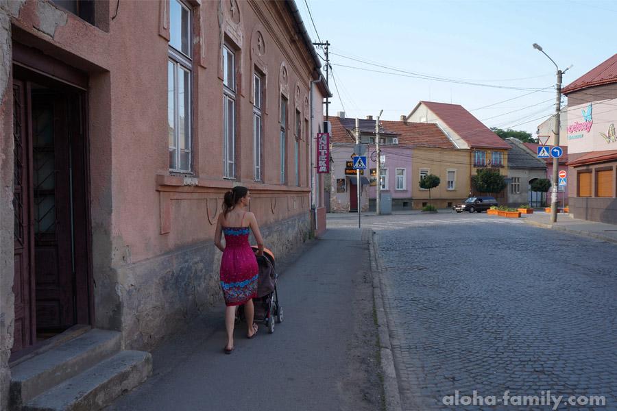 Улица недалеко от центра Мукачево