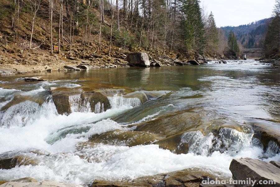 Водопад Пробий вблизи