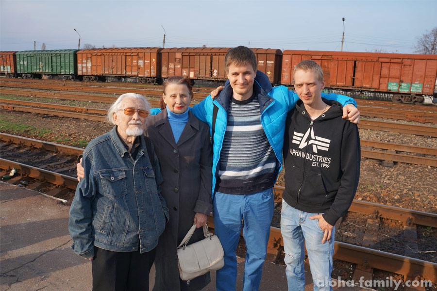 Под конец моего пребывания в Луганской области вышло солнце! Пожелаем мира Донбассу и всей Украине!