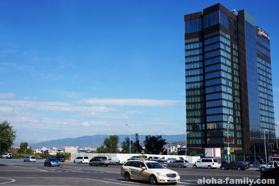 Radisson Blu в Тбилиси - нескромный отель